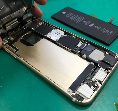 iPhone6s バッテリー交換 【営業時間変更のご案内】