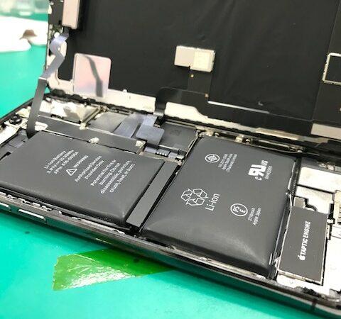 安城市より、iPhoneXバッテリー交換にてご来店