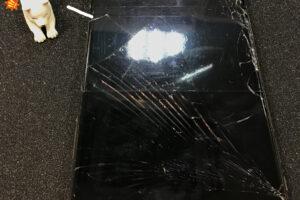 iPhoneの画面が割れて大変なことに!?